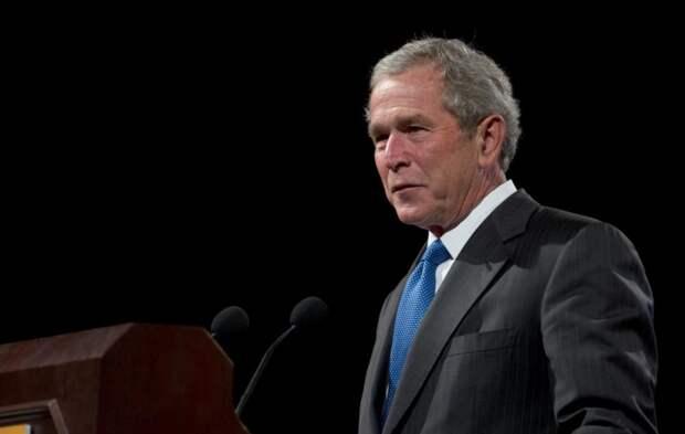 Буш заявил о «злобной силе», которая гнетет США