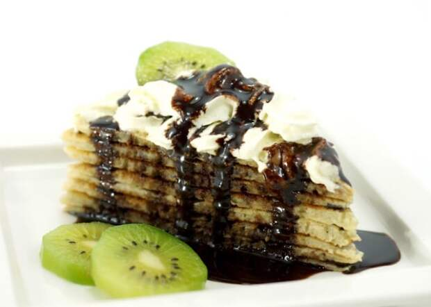 Вкуснейший блинный тортик с бананами и киви