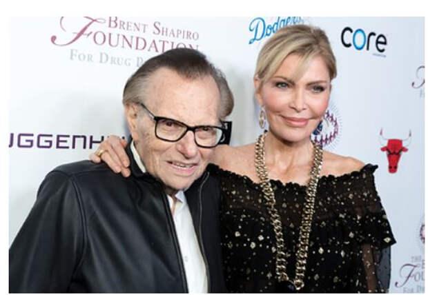 Жена Ларри Кинга назвала настоящую причину смерти телеведущего