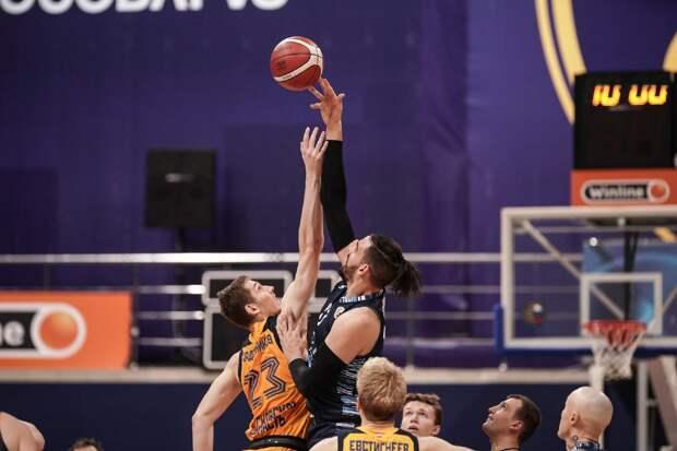 Баскетболисты «Купол-Родников» победили соперника на выезде, а «Зенит-Ижевск» проиграл