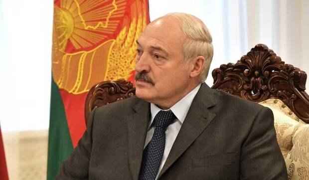 """""""Уходите лучше сами"""": Лукашенко пригрозил разобраться с протестующими в воскресенье"""