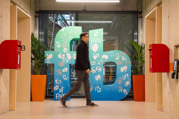Штаб-квартиры Facebook и Uber снова начнут работу оффлайн
