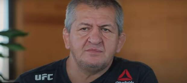 На YouTube-канале RT Sport выложен фильм о жизни знаменитого тренера Абдулманапа Нурмагомедова
