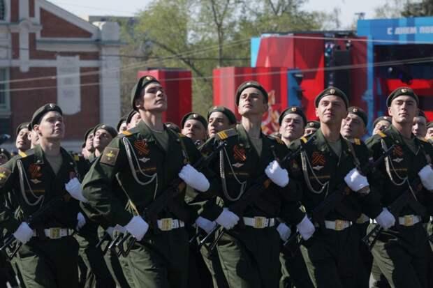 Жителям Новосибирска разрешили сходить на парад Победы