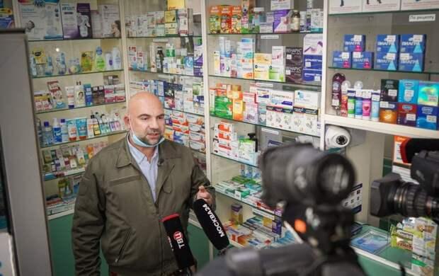 Тимофей Баженов присоединился к рейду полиции по борьбе с оборотом наркотиков