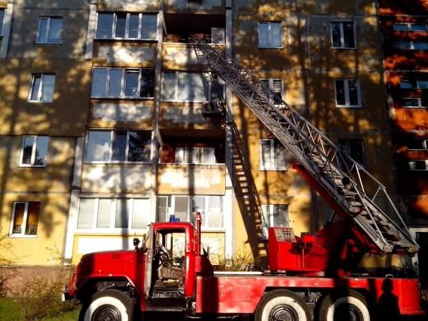 В Тернопольской области бабушка выпала с 5-го этажа - видео