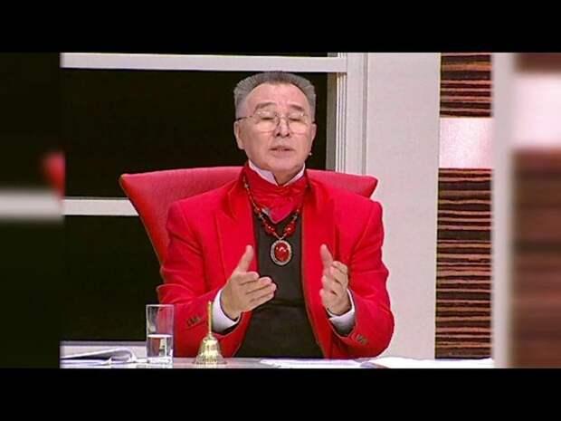 Обнародовано видео с Вячеславом Зайцевым, который не может передвигаться по дому сам