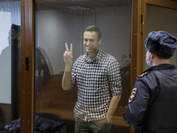 Светит ли очередной срок Навальному за оскорбление ветерана?