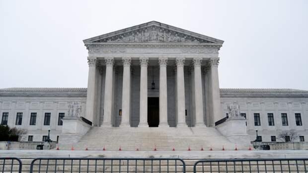 Верховный суд США оправдал чирлидершу в деле о «свободе слова»