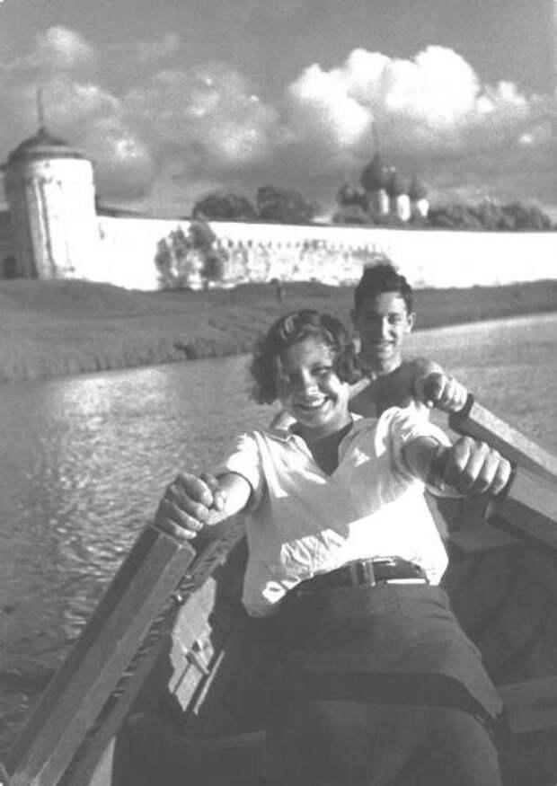 Молодость. Марк Марков-Гринберг, 1932 год, г. Калязин, из архива МАММ/МДФ.