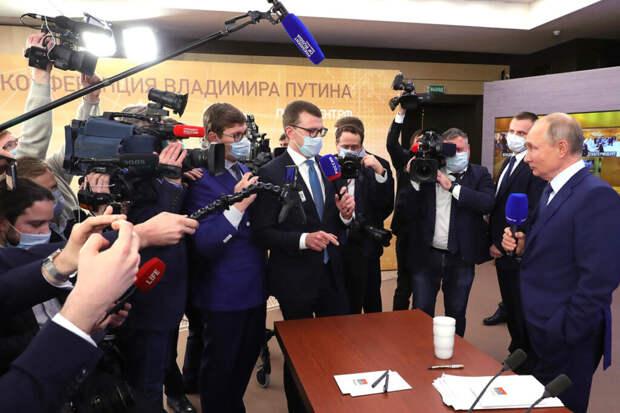 Признанные иноагентами СМИ обратились к Путину