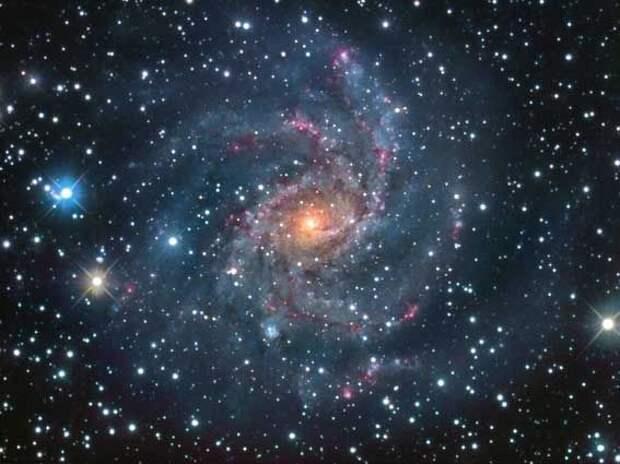 Что происходит в центре нашей Галактики?
