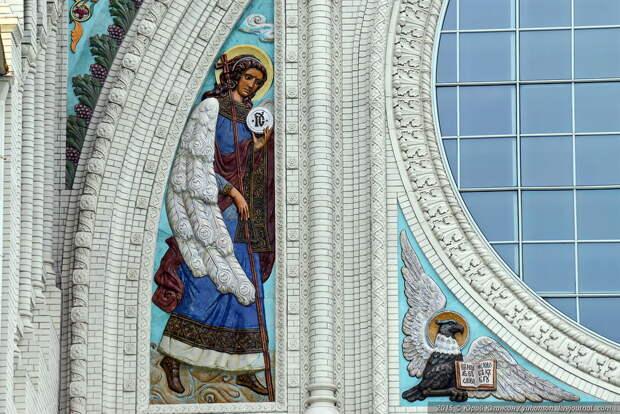 Два храма, посвященных морякам