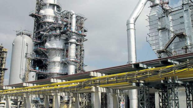 На15% увеличил выпуск бензина Азербайджана вянваре–феврале 2020