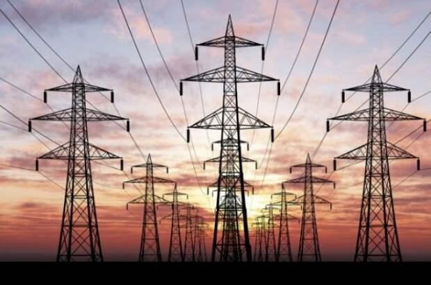 Сколько км новых сетей было построено для обеспечения энергонезависимости Крыма?