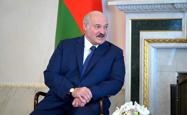 Лукашенко назвал предателями звезд из РФ, отказавшихся выступать в Беларуси