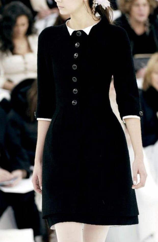 Платья в черно-белом стиле от Шанель