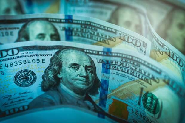 Все больше фальшивых долларов начали находить в Севастополе