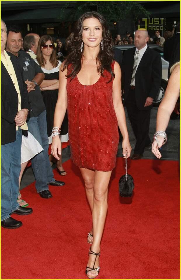 Catherine Zeta- Jones red dress