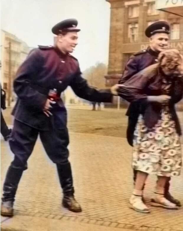 Воспоминания немки о советских солдатах. Великая Отечественная война, История, Вторая мировая война, Длиннопост