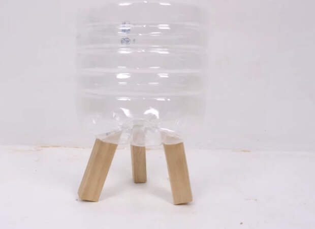 Нетривиальный способ переработки пластиковых бутылок