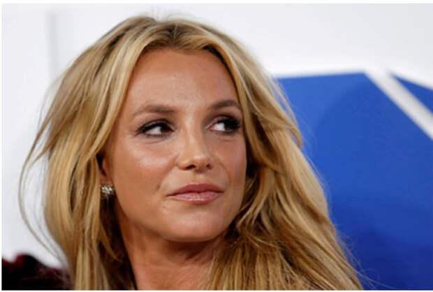 Бритни Спирс раз в неделю давали коктейль из сильнодействующих препаратов
