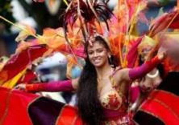 Карнавал задержаний в Лондоне