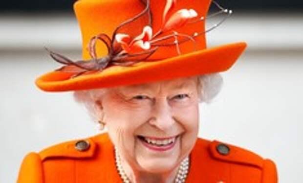 Елизавета II рассказала, что делает с многочисленными письмами от поклонников