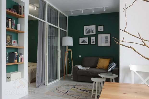 Интерьеры с тёмно-зелёными стенами: фотоподборка