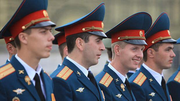 Более 13 тысяч офицеров из вузов Минобороны пополнили Вооружённые силы России