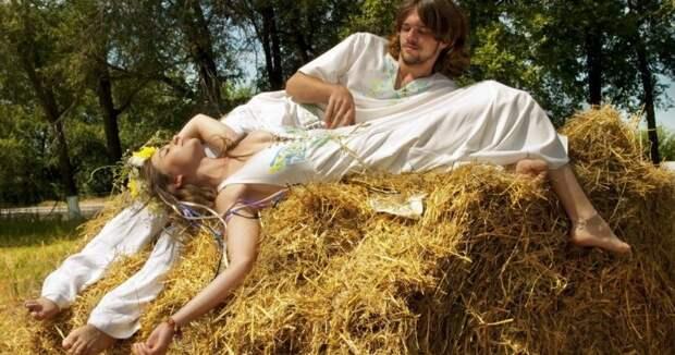 Почему наРуси женщинам запрещали спать голышом