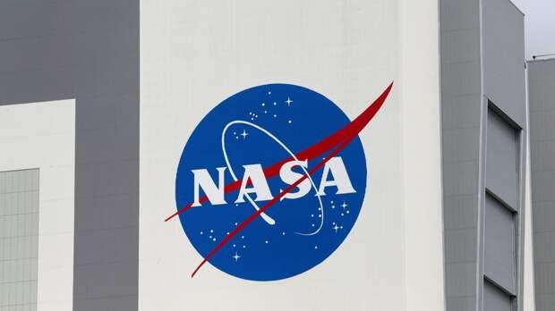 В NASA заявили о намерении запустить миссию «Артемида» к Луне в феврале 2022 года