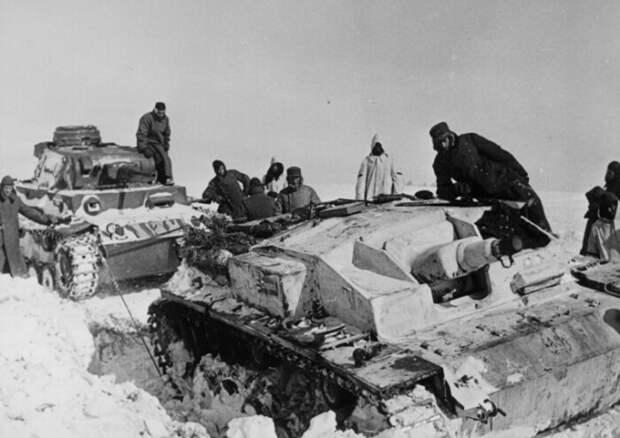 Немецкие танки отказывались ехать по русскому снегу.