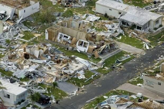 Ученые предупредили о самых страшных ураганах в 2020 году: откуда они берутся?