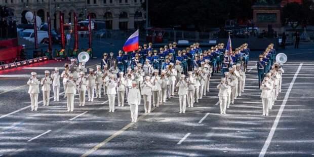 В парки Москвы войдут музыкальные войска разных стран мира