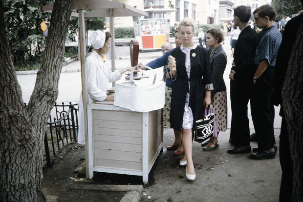 Russia, people buying ice cream at stand in Khabarovsk