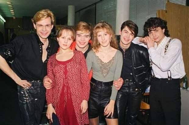 Юная Ксюша Собчак в 90-х годах.