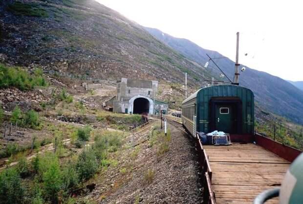 Россия готова пожертвовать Байкалом ради строительства дороги до Китая