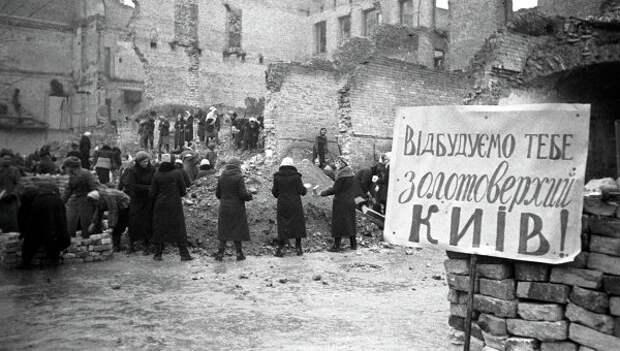 День Победы: Как Украина пересматривает свою роль во Второй ...