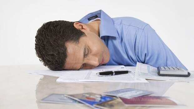 Врачи рассказали, о какой болезни может сигнализировать сильная усталость