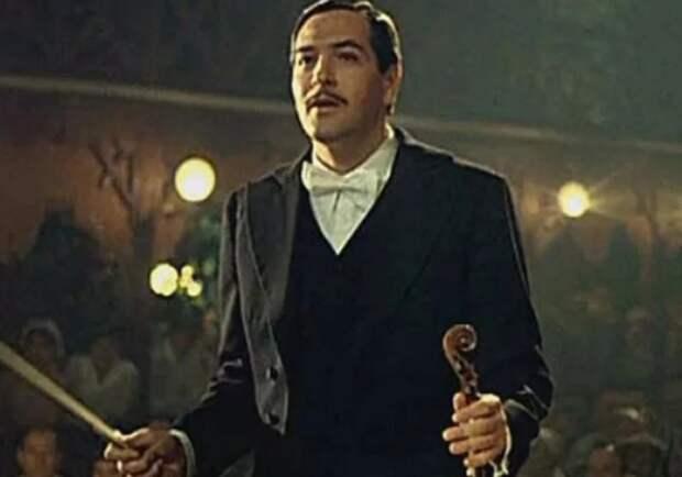 Актёр Юрий Васильев: харизматичный красавец с короткой фильмографией и единственным браком длиною в жизнь
