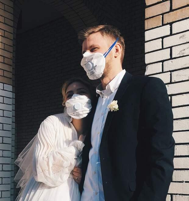 23-летняя Таисия Вилкова вышла замуж