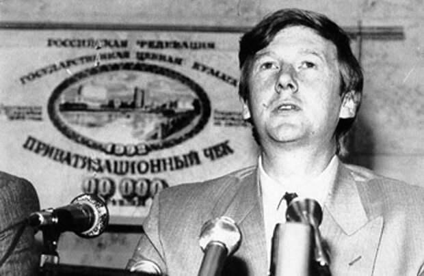 Чубайс признал ошибки молодости: он думал, что украинский народ похож на русский, а национализм это плохо