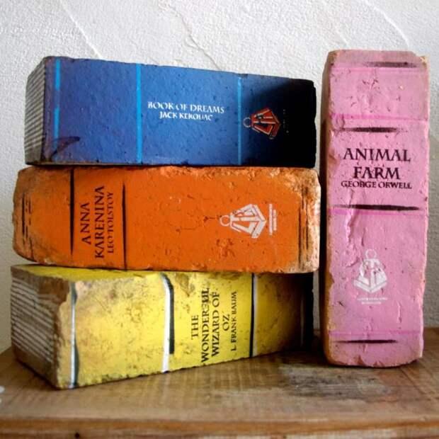 Очень похоже на настоящие книги. /Фото: comepiaceate.it