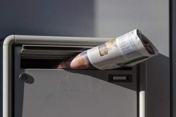 В подъезде на Дубнинской вернули на место почтовые ящики
