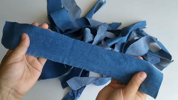 Дивный декор из старых джинсов — и шить ничего не пришлось
