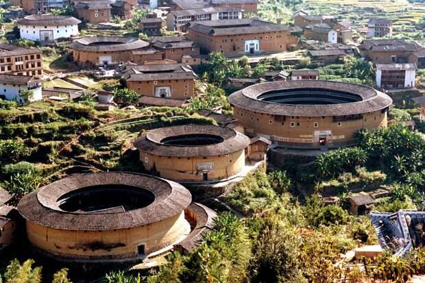 Как выглядят тулоу, уникальные китайские дома-замки