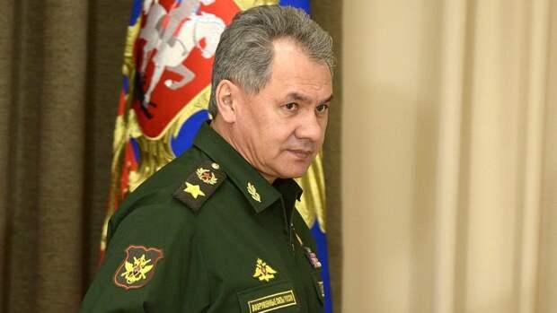 Глава Минобороны России отдал приказ провести военно-морской парад в Петербурге