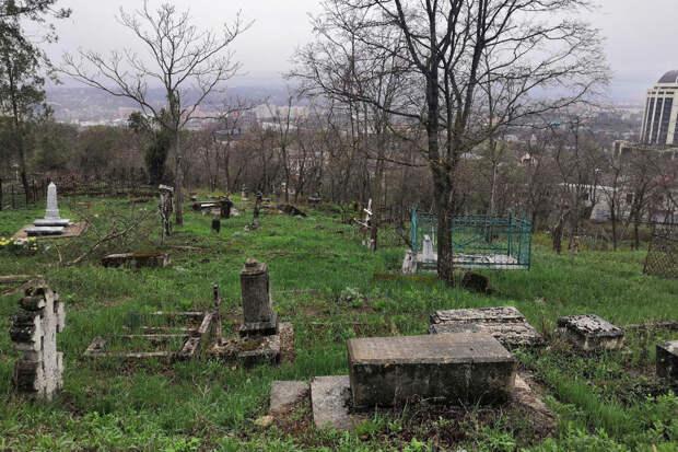 Пятигорский Некрополь: кто из известных нашёл тут покой
