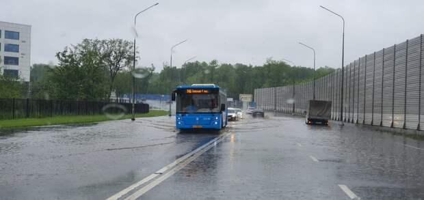Коммунальщики в Северном в выходные устраняли последствия ливней